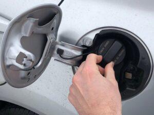 конденсат в баке автомобиля